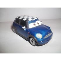 Disney Pixar Cars 2 Becky Wheelin # 33 Mini Cooper