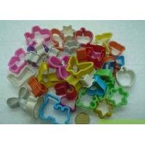 Moldecitos Plasticos Para Masa O Plastilina X 36 Unidades