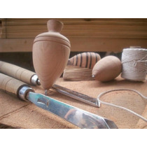 Trompos De Madera Lustrados Realizados De Forma Artesanal