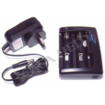 Cargador Para Pila 18650 O Cr123 Litio-ion 3,7 Volts+2 Pilas