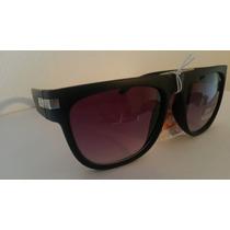 Anteojos De Sol Negros Con Nuevos Gafas