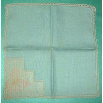 Carpeta O Mantelito Verde Agua C/bordado Esquina Ocre Olivos