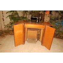 Máquina De Coser Singer Antigua Con Mueble**