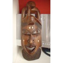 Mascara De Madera Africana Tallada A Mano