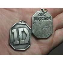 One Direction 1d Colgante Dije Doble Faz Collar En Stock