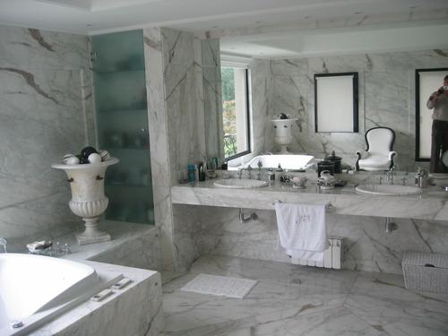 Mesada en marmol y granito mesadas cocina negro brasil for Imagenes de mesadas de marmol