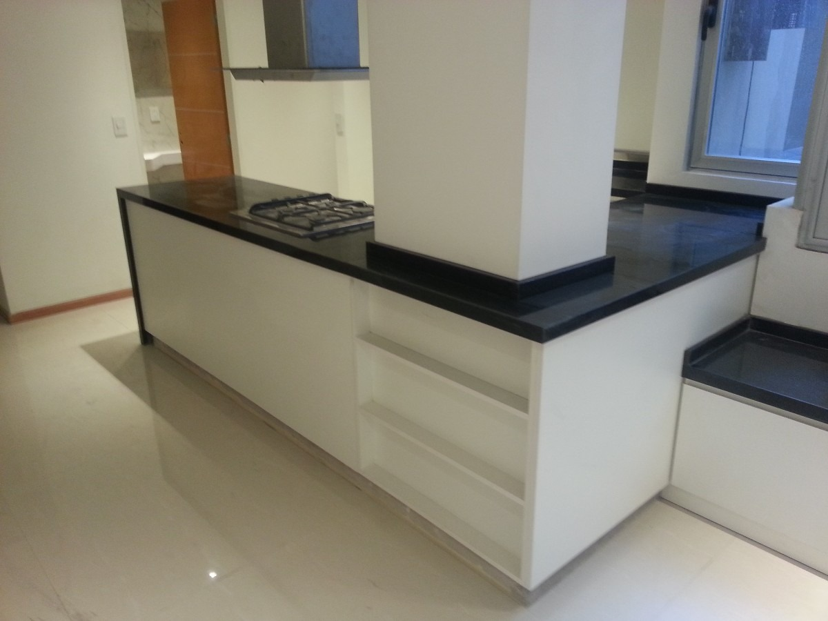 Melamina blanca granito negro brasil cocinas pinterest for Precio de granito negro