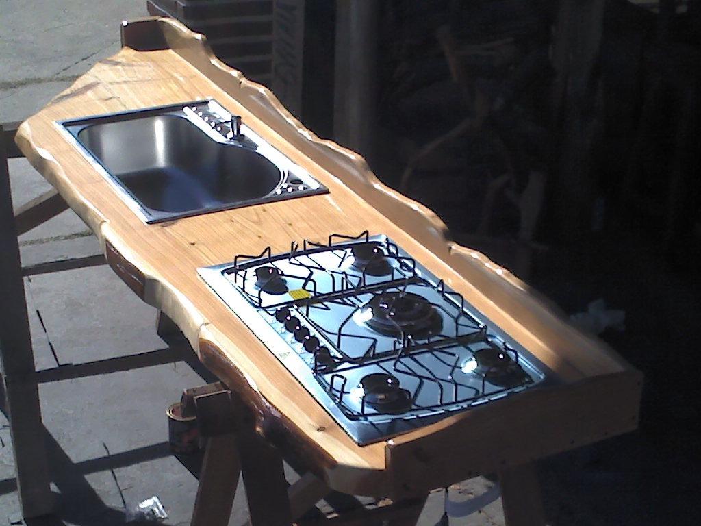 Muebles de cocina en madera cipres ideas for Todo en muebles