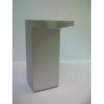 Pata Bajo Mesada Plastica Color Aluminio 10 Cm Base Triang.