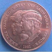 Spg Gran Bretaña 25 New Pence 1981 Boda Real Diana Y Carlos.