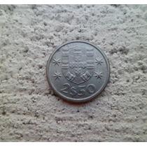 °°° Portugal 2 1/2 Escudos Año 1963 ** M B ** °°° #705