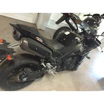 Yamaha R1 1100 2011