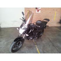 Honda Invicta 2014 - Negra - 9100 Km Cap.