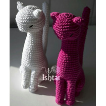 Gatita Delicada. Gata Crochet. Gato Amigurumi Tejido A Mano