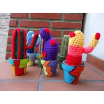 Cactus Crochet En Macetas Decoradas. Ideal Souvenier