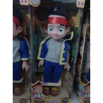 Muñeco Disney Jake Y Los Piratas De Nunca Jamás 35 Cm Aprox