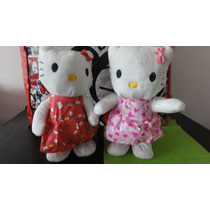 Hello Kitty Baila Camina Musical Peluche A Pila
