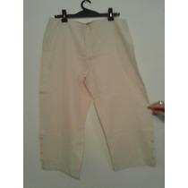 Pantalon Capri, Tela Liviana....talle: 4.... Ver!!!!