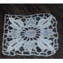 Aplique /carpeta/parche Cuadrado Blanco. Floral 7,5cm (cb32)