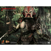 Berserker Predator Hot Toys