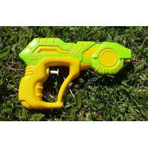 Pistola Lanza Agua De Juguete 18 X 11 Cm.