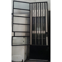 Puerta De Hierro De 0.79 X 2.50 Con Reja Y Ventana De Vidrio