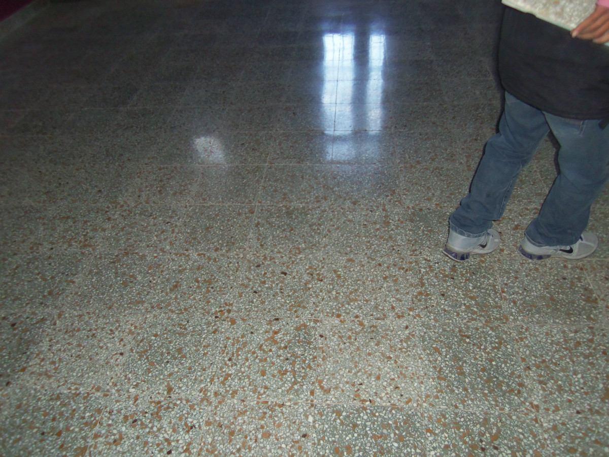 Cmo pintar pisos de cemento o baldosas : m