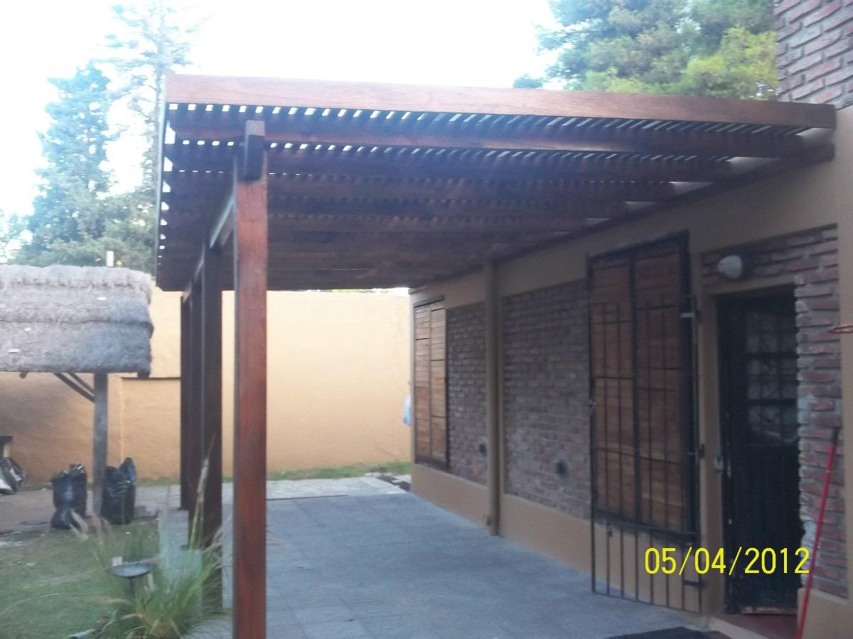 Pin fotos pergolas decks terrazas cobertizos madera for Cobertizos de madera