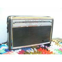 Antigua Radio Noblex Carina.