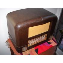 Antigua Radio R C A Victor A Válvulas Gabinette Baquelita