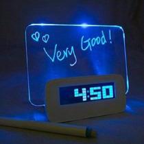 Reloj Despertador Hub Usb Con Projeccion Luz Musica Sonido