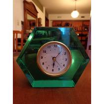 Reloj Despertador Caja De Cristal Grueso Color Verde