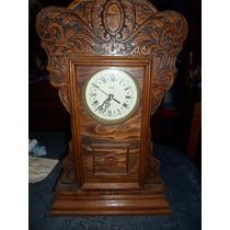 Reloj Antiguo De Pared. De Madera