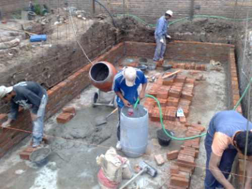 Reparacion de piscinas de hormigon for Construccion de piscinas de hormigon armado