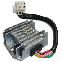 Regulador De Voltaje Con Salida De Luces (ficha Hembra)