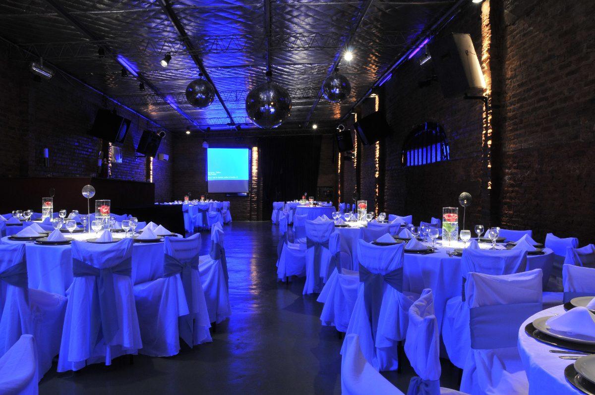 Salon de fiestas infantiles y adultos avellaneda for Acropolis salon de eventos