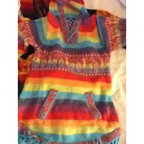 Sweater Con Capucha, Medias Y Bufanda De Llama