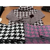 Sweater Juvenil Con Cuello Volcado Y Corto Combinado