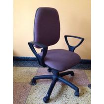 Silla/sillón De Escritorio Con Rueditas Y Apoyabrazos.