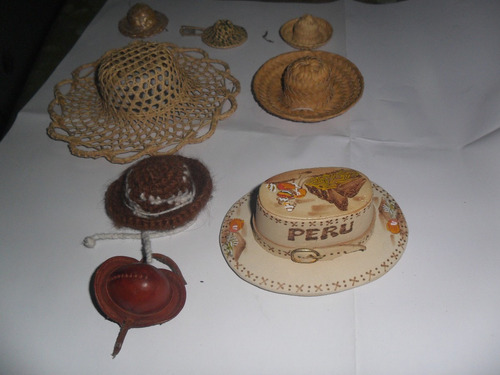 Sombrero Gorro Miniatura Cuero Lana Fibra Muñeca Crochet - $ 99,00 ...