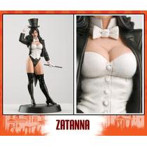 Dc Comicd Aguilar Figura De Plomo Zatanna Con Revista