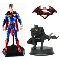 Batman Vs Superman Muñecos 2 Modelos 25 Cm - Fair Play Toys.