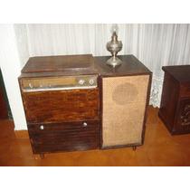 Combinado Radio Y Tocadiscos Antiguo.no Funciona
