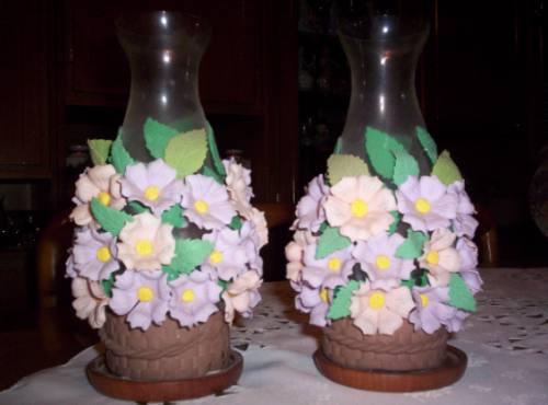 Tulipas Decoradas Con Flores De Porcelana Fria Con Porta 2 - $ 90 ...
