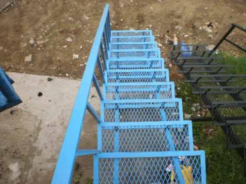 Venta y servicio de escaleras caracol y rectas dto de fca - Precio escalera de caracol ...