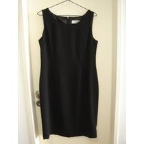 Vestido Negro Semi-entallado. Importado. Impecable!