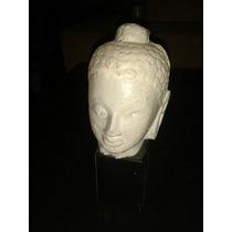 Adorno En Yeso Escultura De Mujer Con Base Madera
