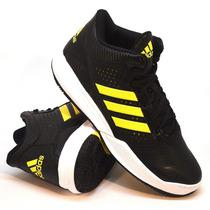 Zapatillas Adidas Modelo Básquet Outrival Negro/amarillo