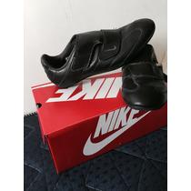 Zapatillas Nikes Abrojo Originales Como Nuevas Caja,elegante