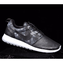 Zapatillas Nike Roshe One Premium Plus All Black Camo